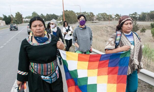 La música acompaña el caminar de las mujeres indígenas