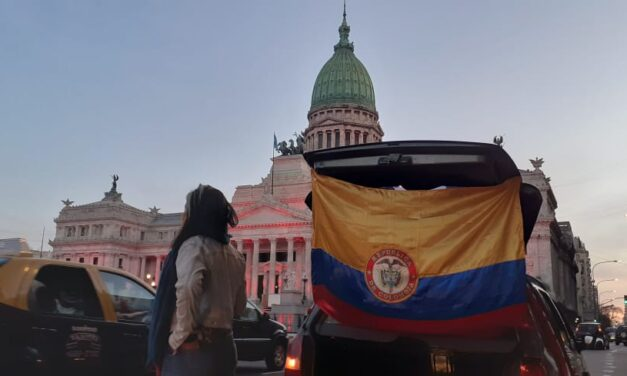 Caravana en Buenos Aires por Colombia