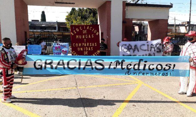 Homenaje de las murgas de San Martín al personal de salud