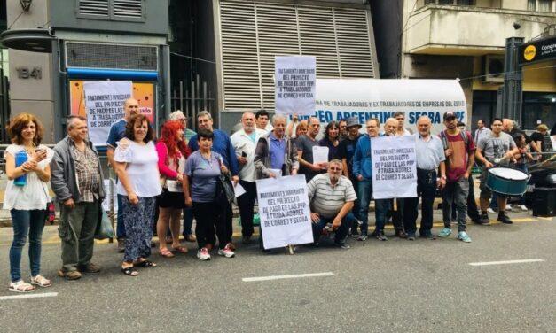 Ex trabajadores del Correo y Segba exigen una «ley de reparación»
