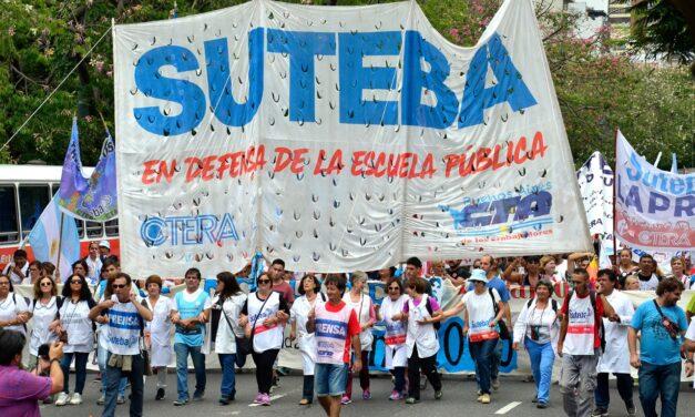 Gremios docentes bonaerenses piden recomposición salarial