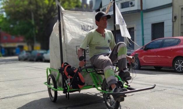 Producen vehículos especializados para recolectores de cartón