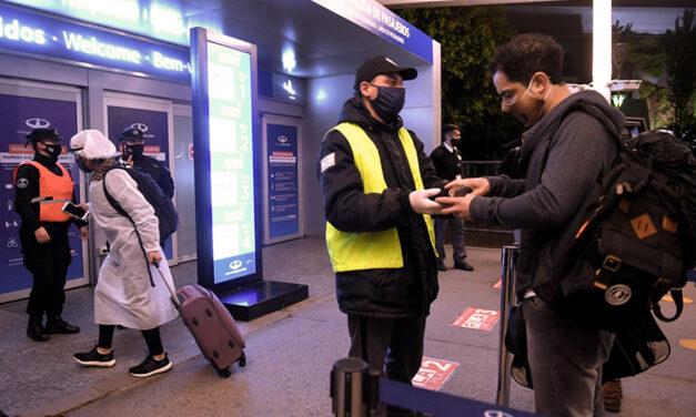 Cámaras de transporte aéreo criticaron las restricciones de vuelos en Argentina