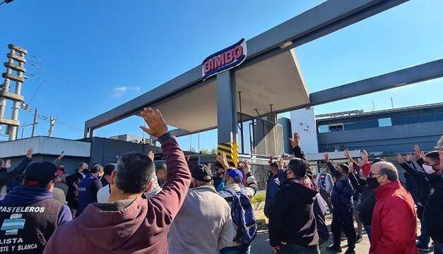 Despido de 300 personas en Bimbo