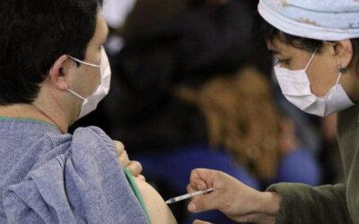 El CMPC denunciará a les profesionales antivacunas