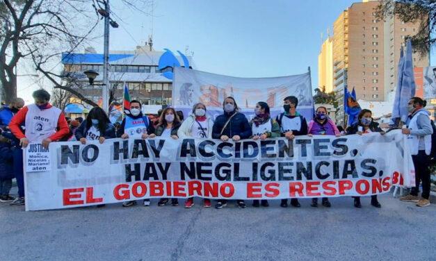 Sindicatos docentes se movilizaron tras muerte de Mónica Jara en Neuquén