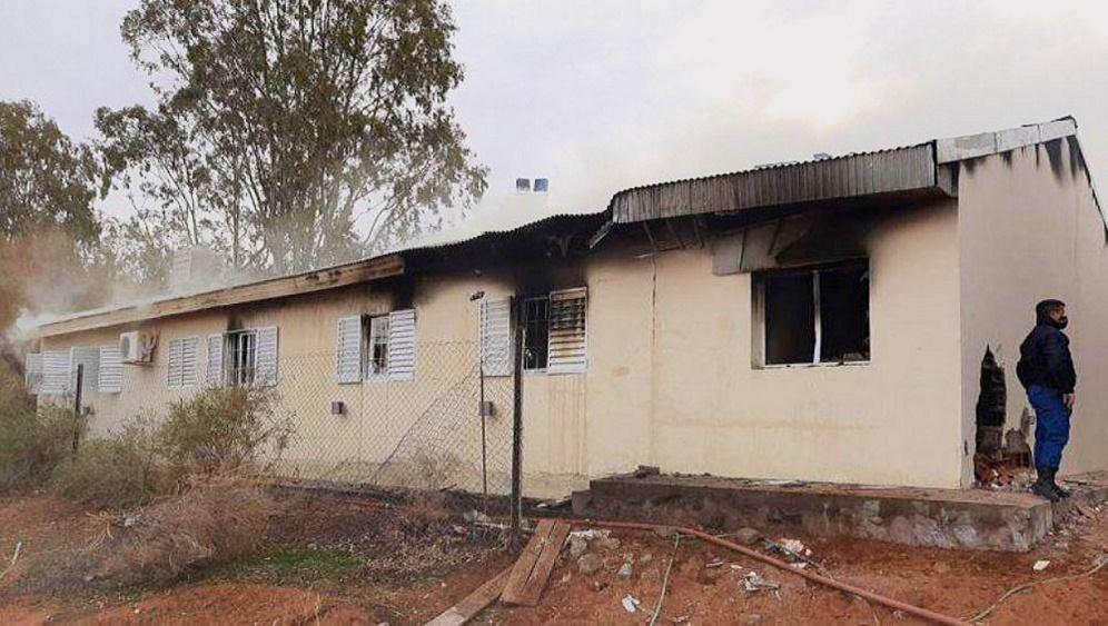El estado actual de la Escuela Albergue N° 144 de Aguada San Roque de Neuquén, luego de la explosión. Fuente: Portal El Ciudadano y la Región