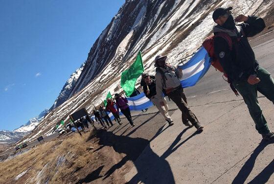 Caminata por la conservación de las áreas protegidas de Mendoza