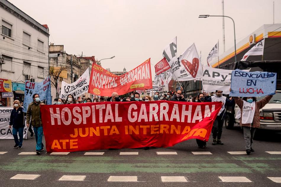 Les trabajadores de salud salieron a la calle haciendo frente a sus reclamos