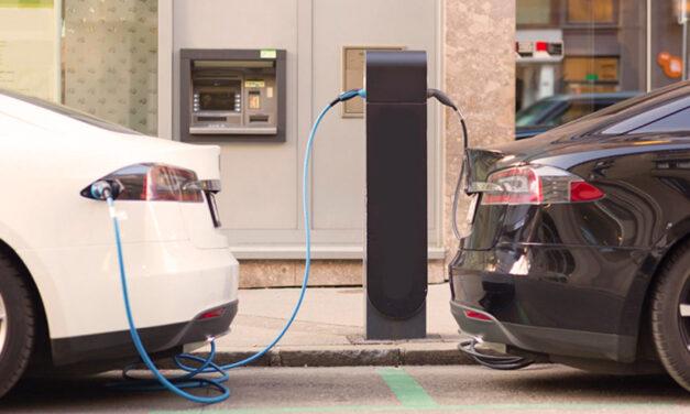 Semáforo verde al plan ambiental para reducir los autos de combustión
