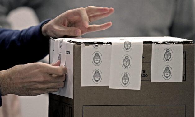 Partidos políticos solicitan mayores controles en la carga de datos
