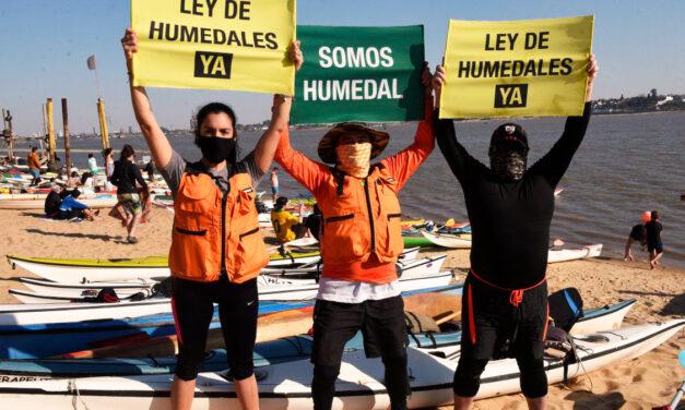 Ley de Humedales: kayakistas unidos por un mismo reclamo