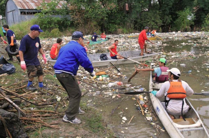 Jornada de limpieza río Paraná