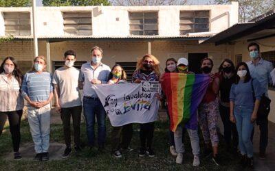 Córdoba: relevamiento de personas trans, travestis y no binaries
