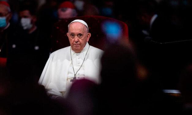 """El Papa expresó su """"vergüenza"""" ante los abusos cometidos por la Iglesia"""