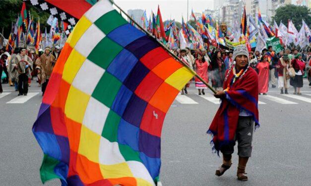 """Córdoba: comunidades aborígenes marcharon por """"el último día de libertad"""""""